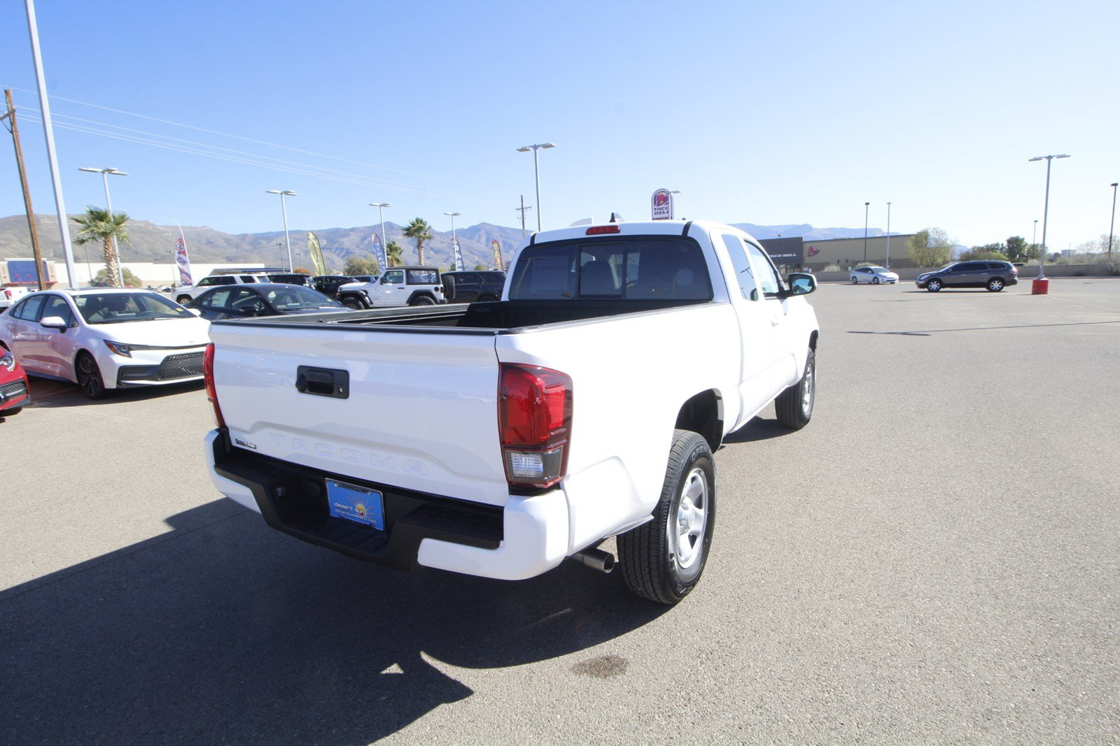 New 2020 Toyota Tacoma 2WD SR Access Cab 6' Bed I4 AT